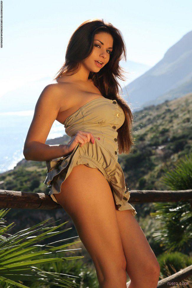 Krystal Webb : в непосредственной близости пляжа