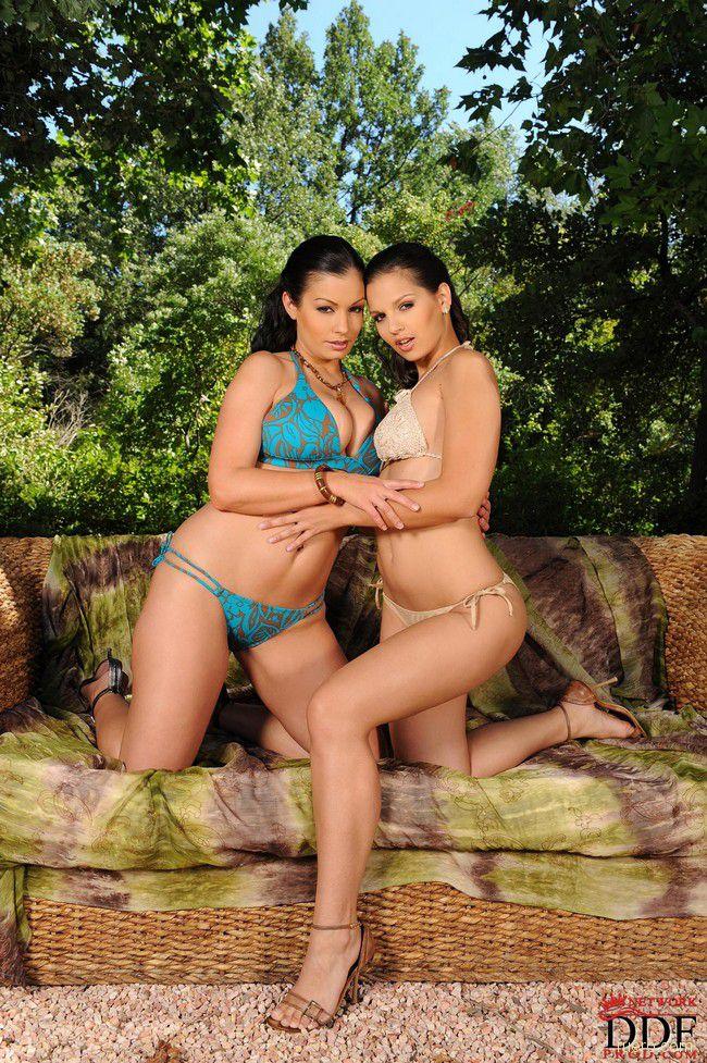 Aria Giovanni и Eve Angel: двойной удар