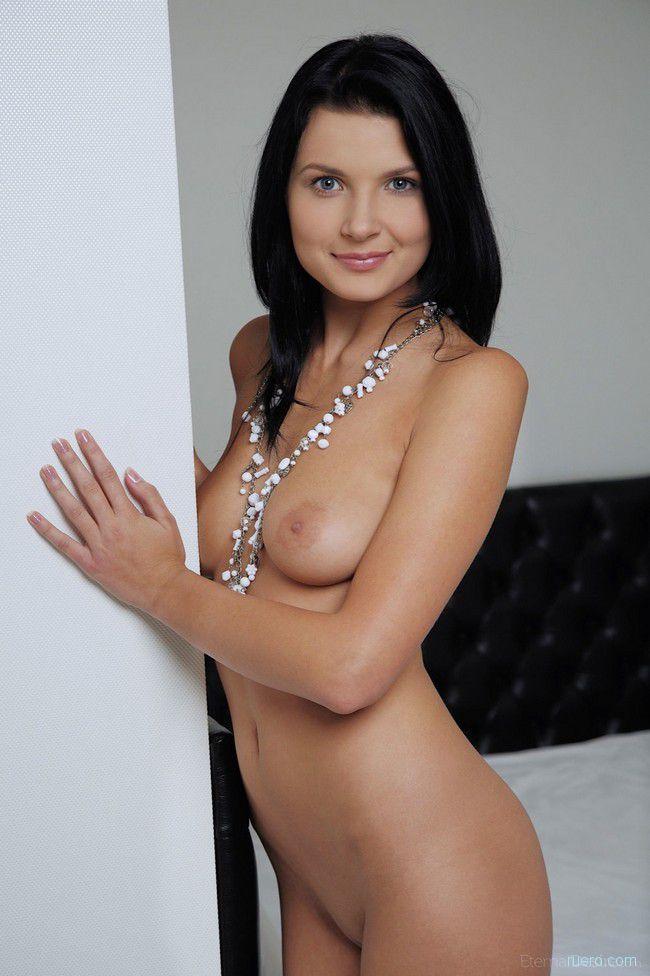 Branna A : постельное ожерелье
