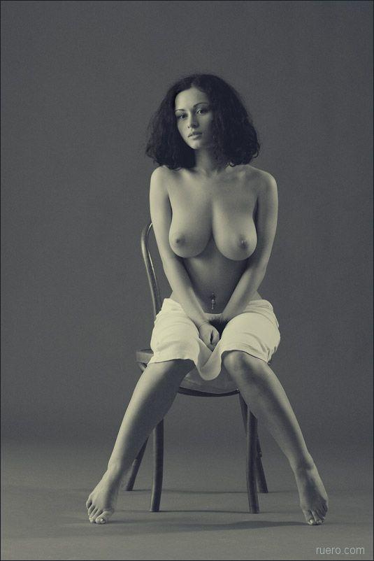 Черно-белое стульное