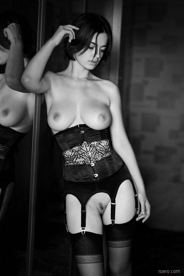 Черно-белое зеркальное