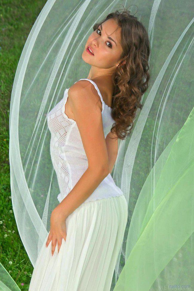 Nastya : молодо и зелено