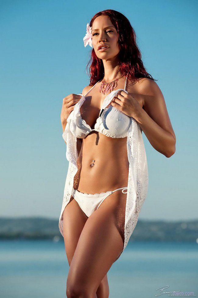 Bianca Beauchamp : во всем белом