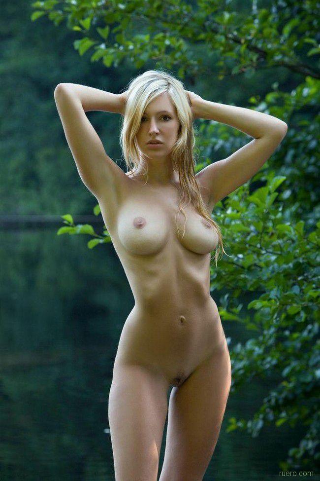 фото голых девушек huk net