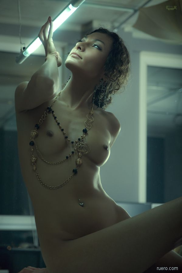 Anatoly Toor : стильная эротика