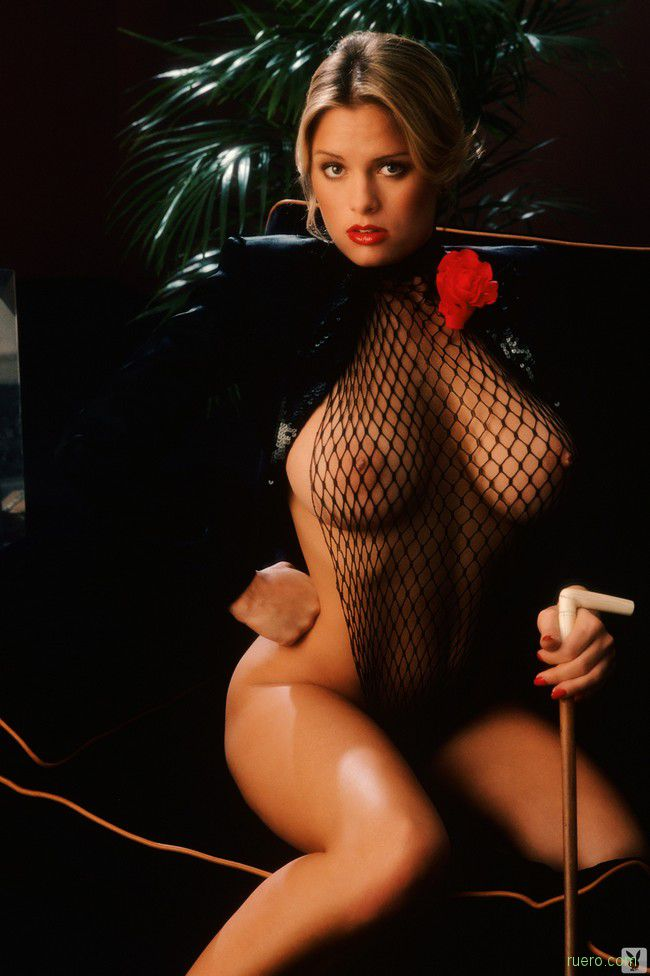 Gig Gangel : классический эротизм