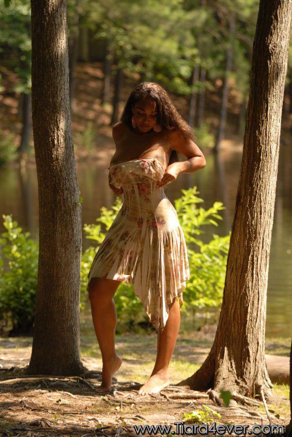 Tiara Harris : пышность лесной феи