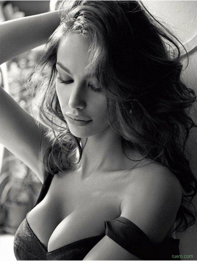 Madalina Ghenea : итальянская штучка