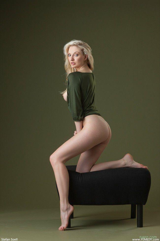 Tamie : натуральная блондинка