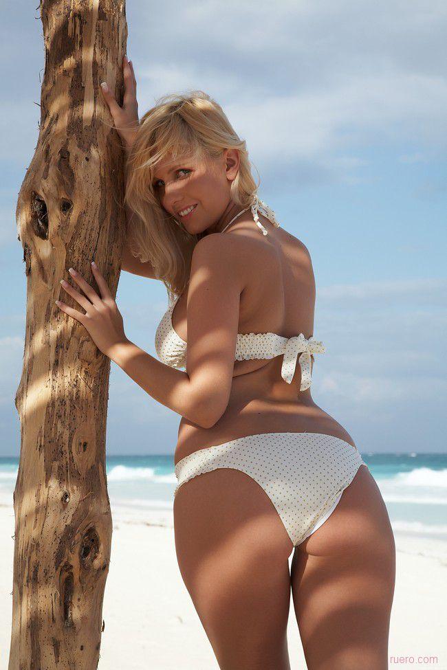 Keira A : белые пески пляжа