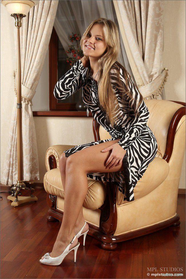 Oxana : свет жизнерадостности