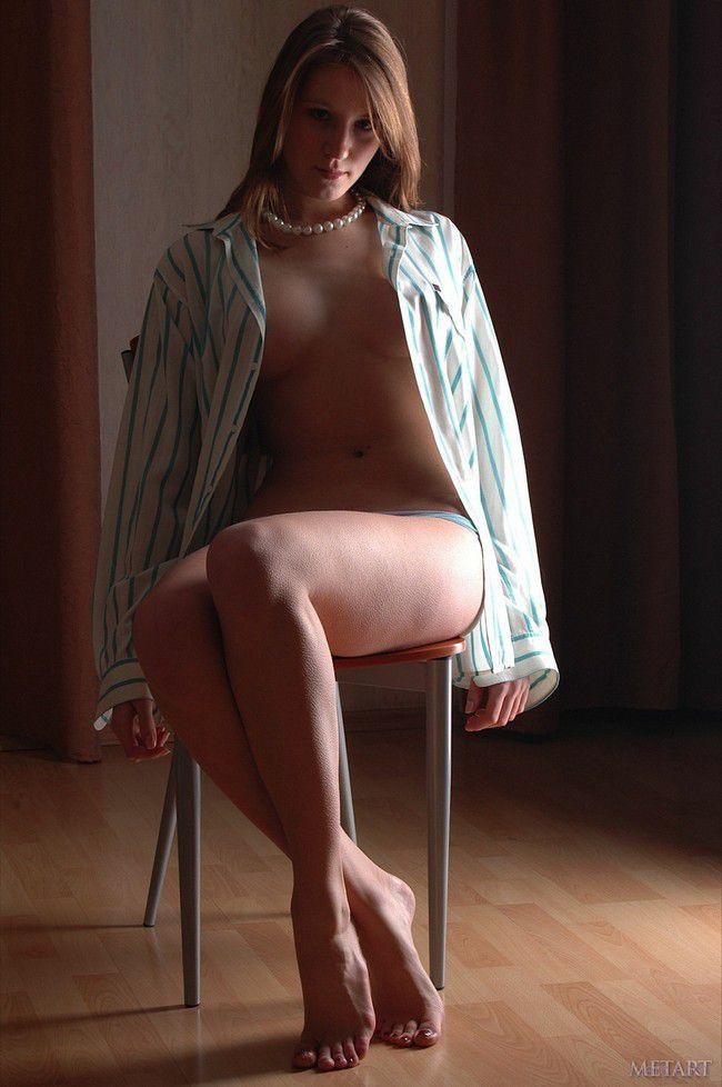 Yana B : стульный этюд