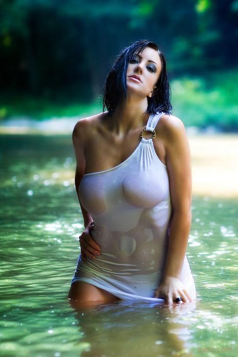 В прохладном озере