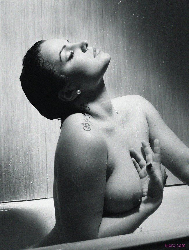 Anastacia_Le_Twinoux : хочу быть звездой Ruero 2012