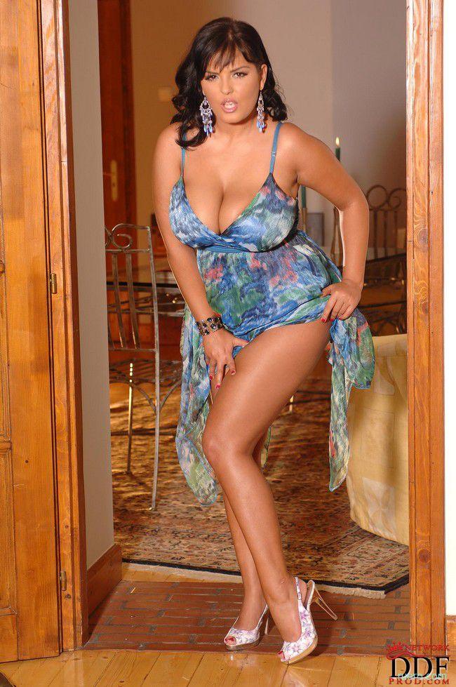 Jasmine : зной женщины