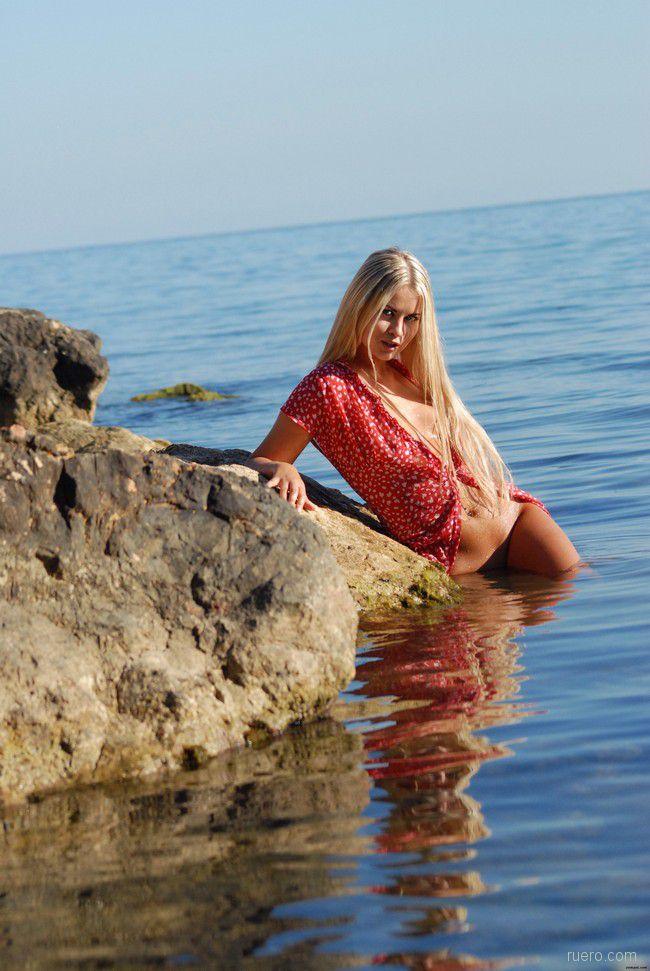 Rima : каменистый берег