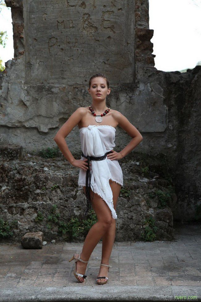 Maranthe : на руинах