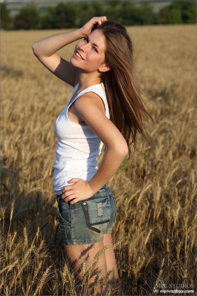 Olesya : полевая радость