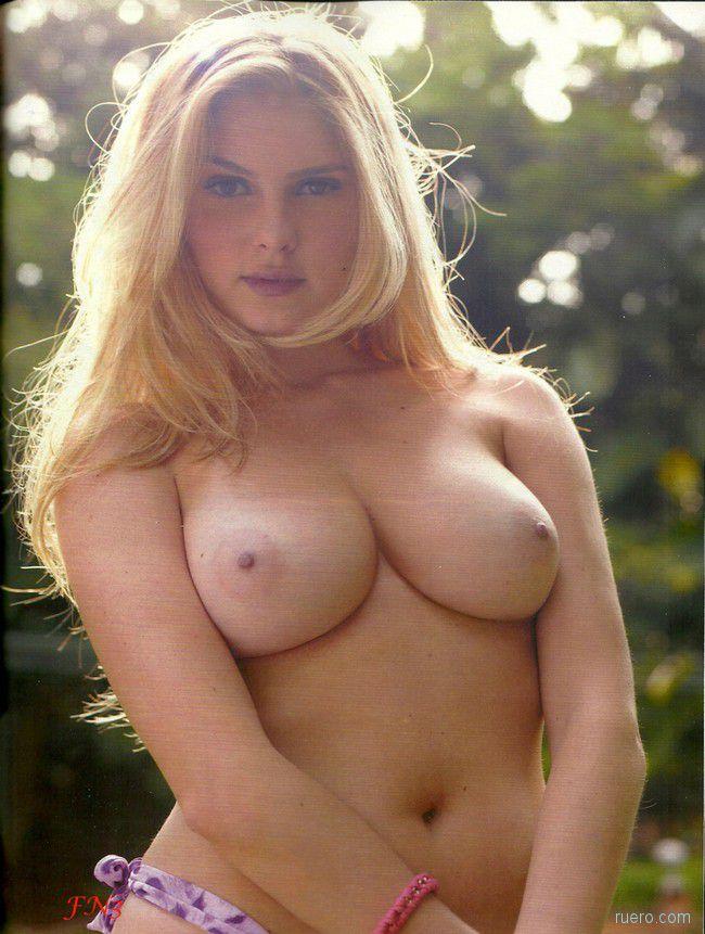 Barbara Evans : лето для блондинки