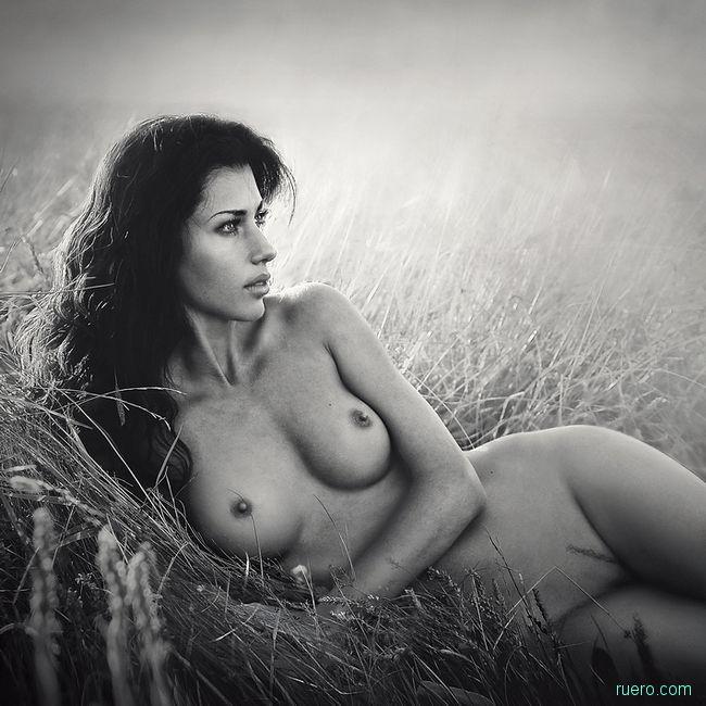На мягкой траве