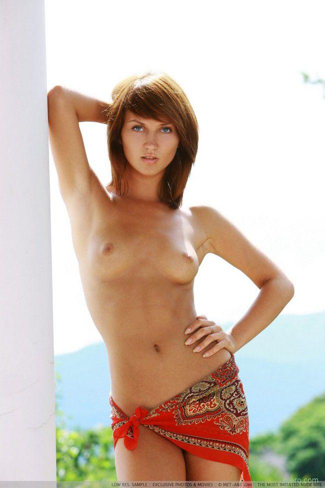 Katrin B : под летним солнцем