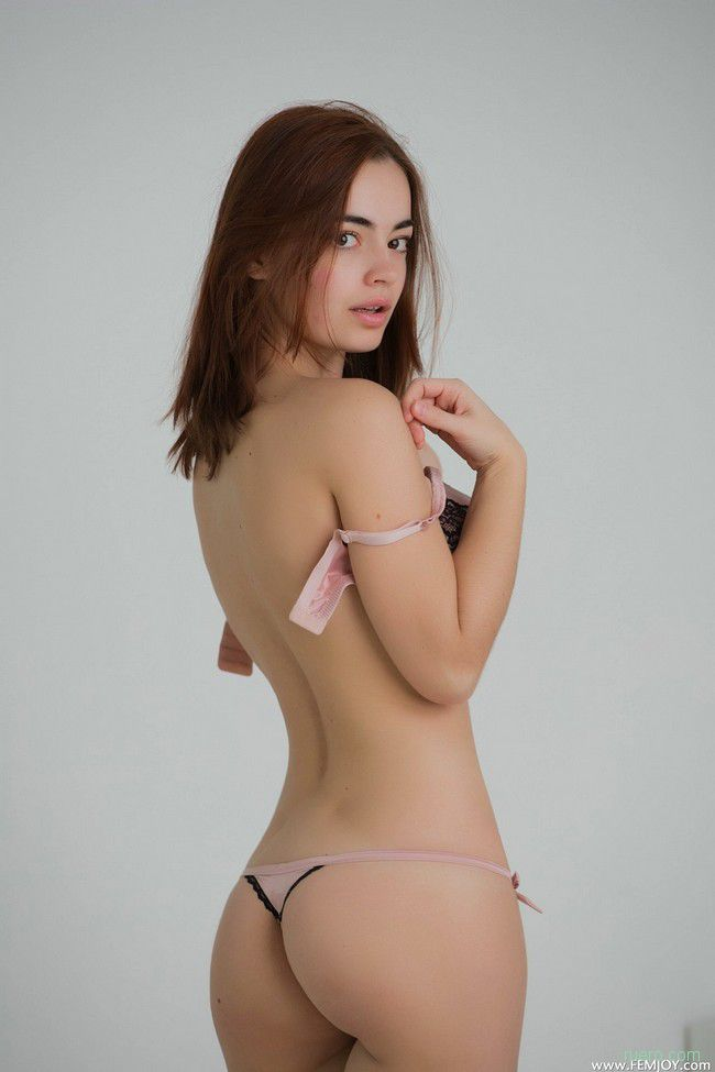 Kamilla J : светлая комната