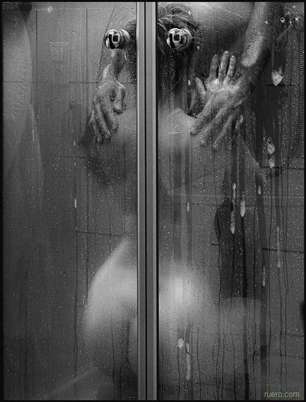 интим фото душ