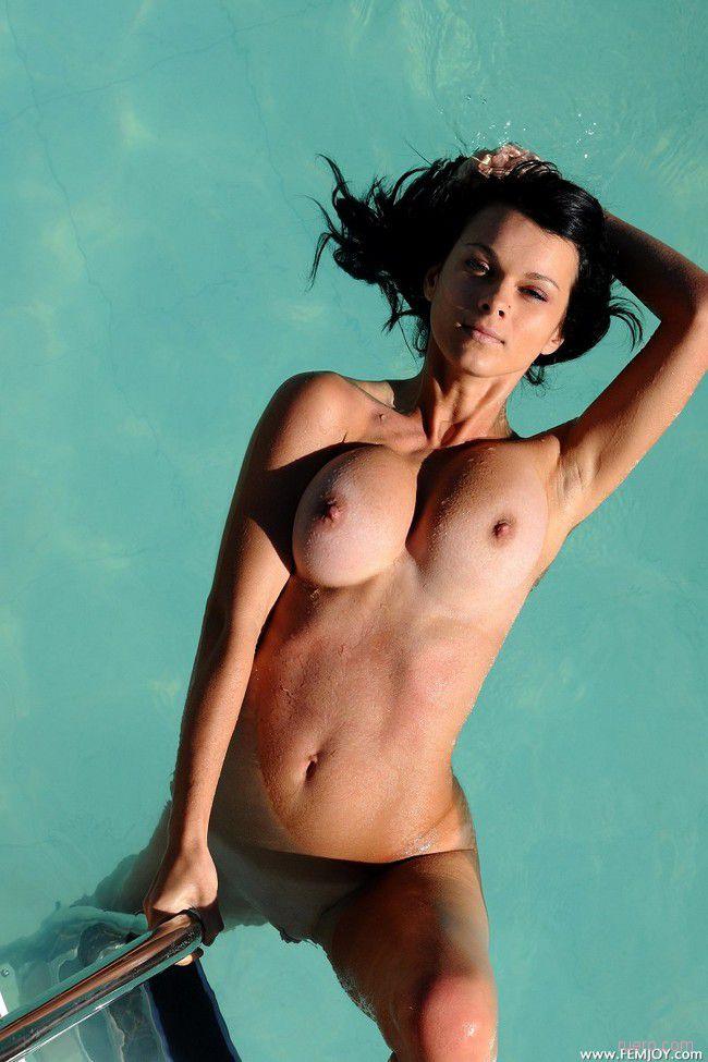 Lydia R : свежесть воды