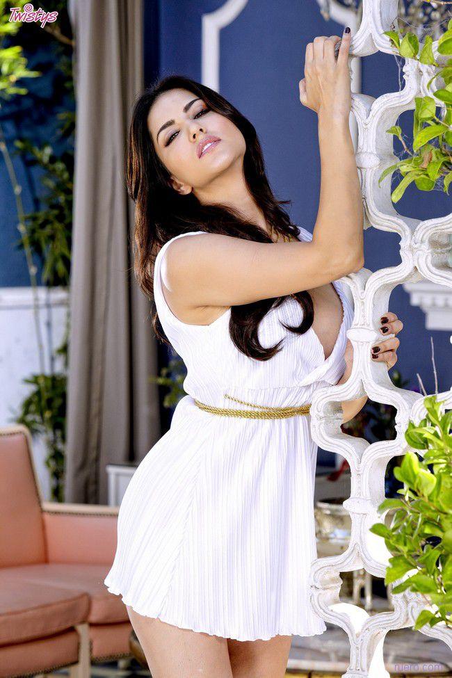 Sunny Leone : солнечное божество